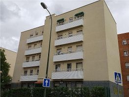 Flat for sale in calle Duquesa de Parcent, Lucero in Madrid - 351693549