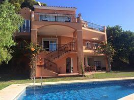 Villa en venta en calle , Zona el Higuerón en Benalmádena - 323488951