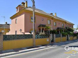 Casa adosada en venta en calle Doctor Esteban San Mateo, San Pedro de Alcántara