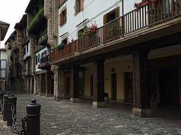 Local de location à Hondarribia - 325875522