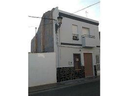 Casa en vendita en calle Parroco Miguel Tarin, Benimàmet en Valencia - 335508463