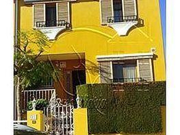 Casa adosada en alquiler en Chiva - 350327203
