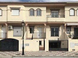 Casa adosada en venta en calle De Las Galeras, Cúllar Vega - 385264156