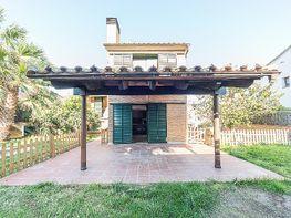 Casa en venta en calle Aneto, Les Roquetes en Sant Pere de Ribes