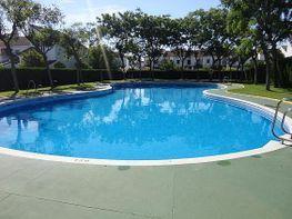 Casa adosada en venta en calle Del Aljarafe, Tomares - 328084892