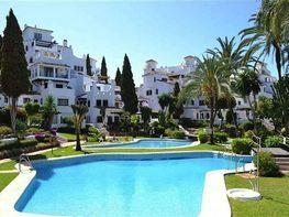 Apartamento en venta en calle Nueva Andalucia, Nueva Andalucía-Centro en Marbella - 328085802