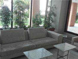 Apartment in miete in calle Samaniego, Rejas in Madrid - 343720235