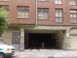 Parkplatz in verkauf in calle Islas Canarias, Ibarrekolanda in Bilbao - 330473412