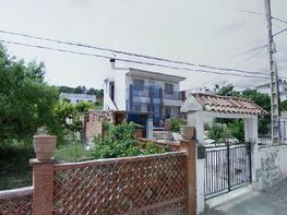 Fachada - Casa en venta en calle Oliveres, Sant Esteve Sesrovires - 403516515