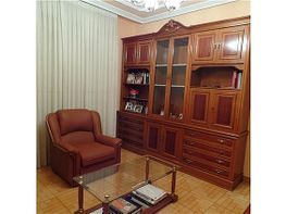 Amplio salón en esquina y con dos terrazas - Piso en venta en calle Ramon Subiran, Calahorra - 333649641