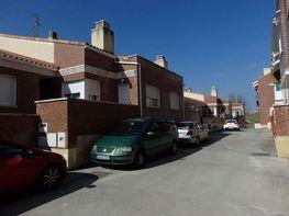 Casa adossada en venda carretera Wamba, Villanubla - 333437777