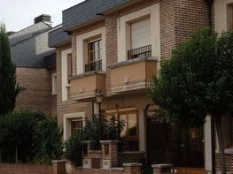 Casa adossada en venda calle Antonio Machado, Covaresa-Parque Alameda-Las Villas-Santa Ana a Valladolid - 334983608