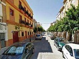 Dúplex en alquiler en calle Beatriz de Suabia, Nervión en Sevilla - 351884095
