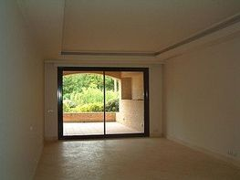Apartment for sale in Estepona - 343445693