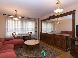 Wohnung in miete in calle La Lila, Casco Histórico in Oviedo - 340997789