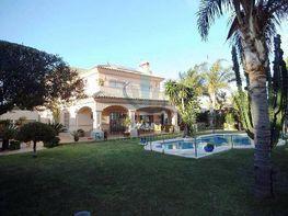 Villa in verkauf in Estepona - 353318694