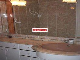 Flat for rent in calle De Mocada, Marxalenes in Valencia - 414079796
