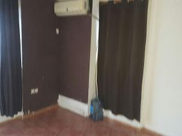 Flat for sale in calle Pere Cabanes, Torrefiel in Valencia - 414079952