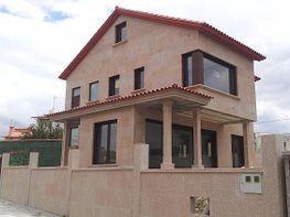 Villa en vendita en calle Río Negro, Nigrán - 359403890