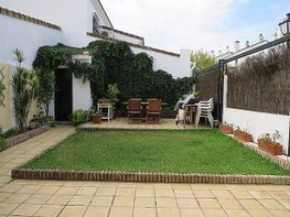 Casa adossada en venda Tomares - 378470160