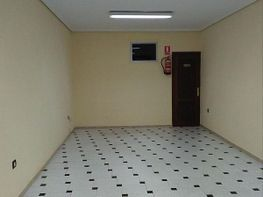 Local comercial en venda Guadalajara - 398077152