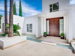 Casa en alquiler en Nueva Andalucía-Centro en Marbella - 383853744