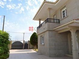 Casa en venta en Ribeira
