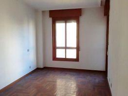 Piso en alquiler en calle Lopez Mora, O Berbés-Peniche-Peritos en Vigo - 398603807