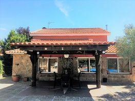 Chalet en venta en calle Los Olivos, Pioz