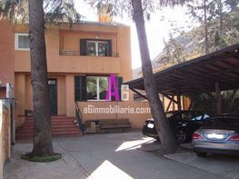 Casa adosada en alquiler en calle Juan XXIII, Zona Estación en Pozuelo de Alarcón - 405332424