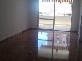 Piso en alquiler en calle De Carlos Haya, La Unión - Cruz de Humilladero - Los T