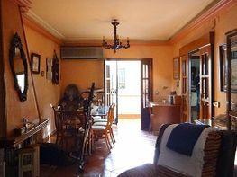 Casa adosada en venta en Utrera
