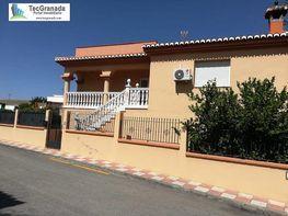 Casa en venta en calle Cúllar Vega, Cúllar Vega