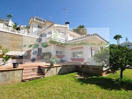 Villa en venta en Benalmádena Costa en Benalmádena
