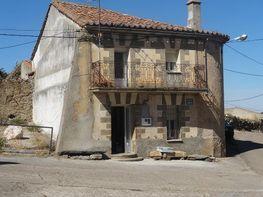 Casa en venta en calle La Fuente, San Pelayo