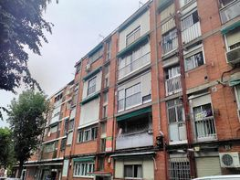 Piso en venta en calle Del Correg Juan Francisco de Luján, Fontarrón en Madrid