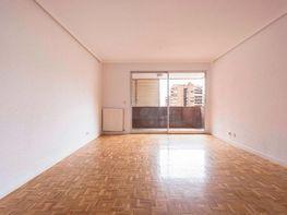 Piso en alquiler en calle Condesa de Venadito, San Pascual en Madrid
