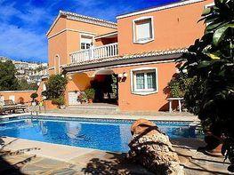Villa en venta en calle Rubi, Arroyo de la Miel en Benalmádena