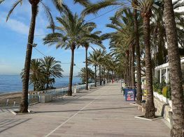 Piso en venta en calle El Fuerte, Playa Bajadilla - Puertos en Marbella