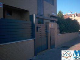 Casa adosada en alquiler en calle Poeta Jose Manuel Lara, El Polvorin en Huelva