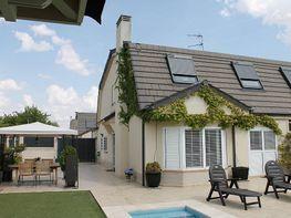 Casa adosada en venta en calle Holanda, Illescas