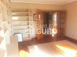 Petit appartement de location à calle Bizkerre, Algorta à Getxo - 384796108