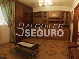 Piso en alquiler en calle Yuste, Entrevías en Madrid