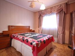 Flat for sale in calle Avenida Pablo Neruda, Palomeras Sureste in Madrid - 318722345