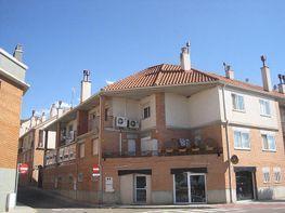 Casa adosada en venta en calle Ramón y Cajal, Cadrete