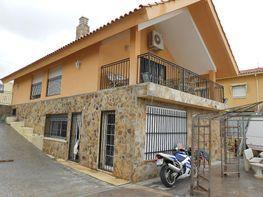 Chalet en venta en calle La Coruña, Colmenar de Oreja - 331317430