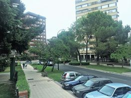 Piso en alquiler en calle De Joaquín Velasco Martín Valladolid, Huerta Rey en Va