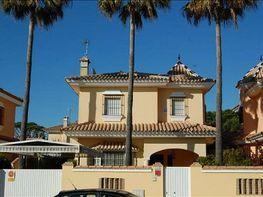 Foto - Chalet en venta en calle La Barrosa, La Barrosa en Chiclana de la Frontera - 282864900