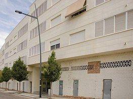 Piso en alquiler en calle Luis Alberto de Cuenca, Lucena - 404181586