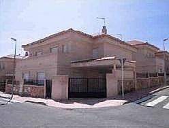 Casa pareada en venta en calle Fray Luis de León, Bargas